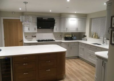 Shenfield Kitchen Installation - Ultimate Choice Bathrooms Kitchens and Washrooms Essex50946027_2115161131840217_1112241279481151488_n